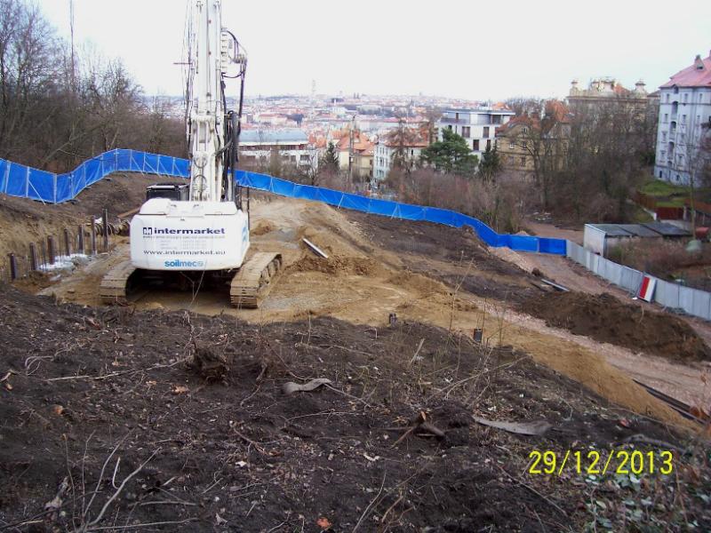 Horní stavba - zemní práce a základy (autor: Drahomír Bárta, 29. 12. 2013)