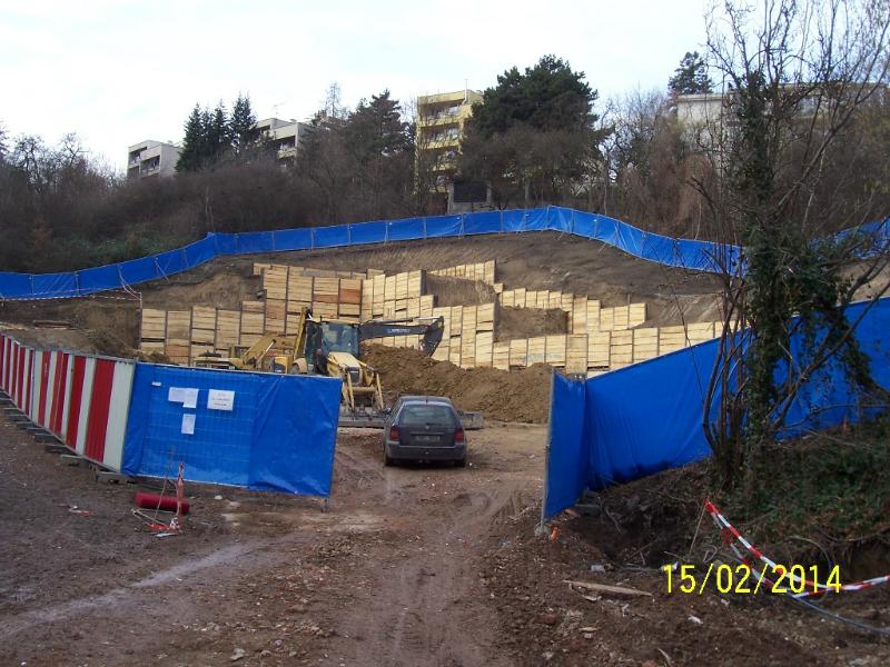 Na horní stavbě vznikají základy (autor: Drahomír Bárta, 15. 2. 2014)