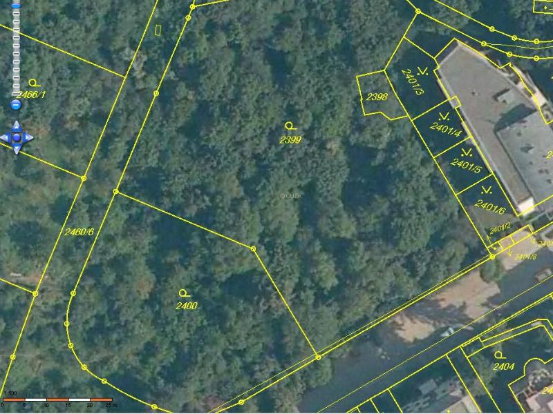 Ortofoto z Katastru nemovitostí - detail parcel 2400 a 2399, kde má stát dolní budova A