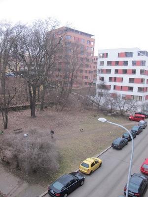 Zanedbaný park  (autor: Markéta Fléglová, březen 2013)