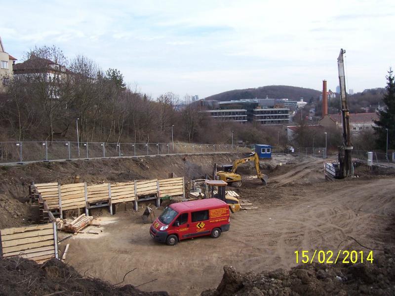Stavba byla zahájena. Pohled shora (autor: Drahomír Bárta, 15. 2. 2014)