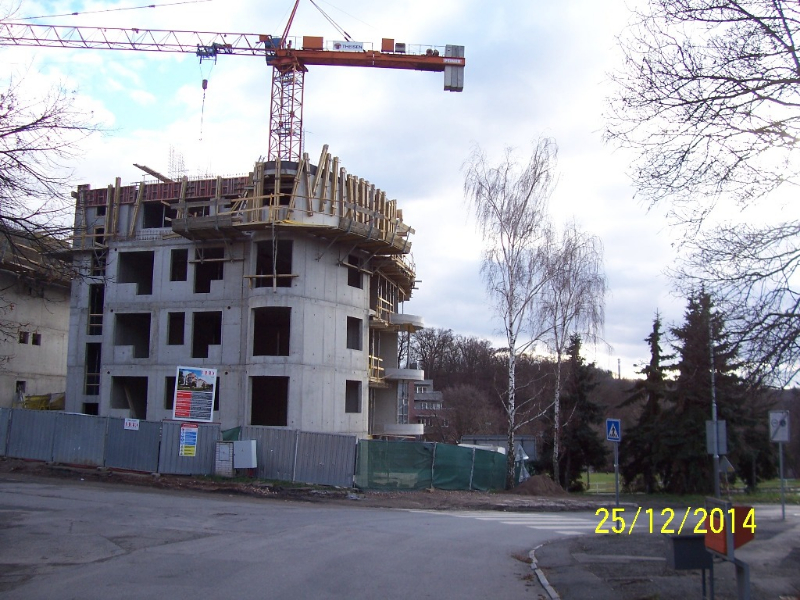 Hrubá stavba (autor: Drahomír Bárta, 25. 12. 2014)