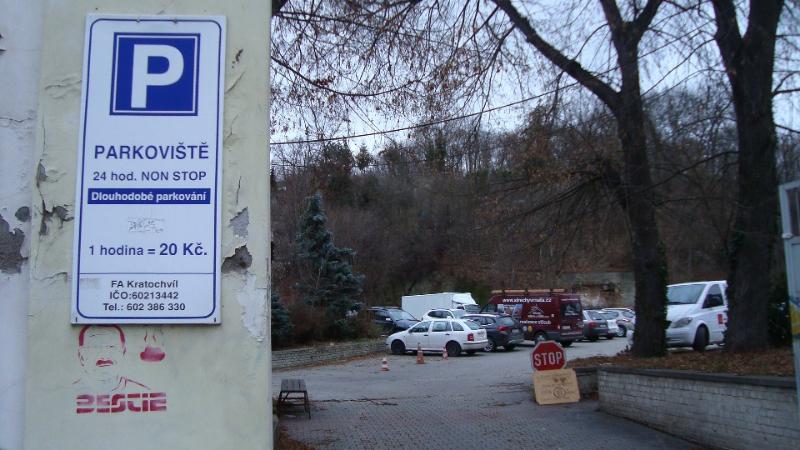 Tomuto parkovišti hrozí zánik (autor: Alan Jeřábek, 9. 1. 2015)